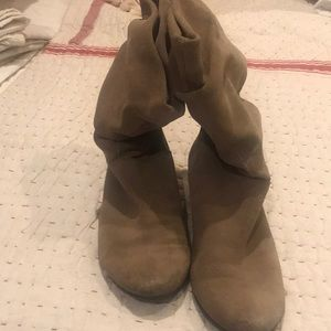 Suede boots- low slouch style